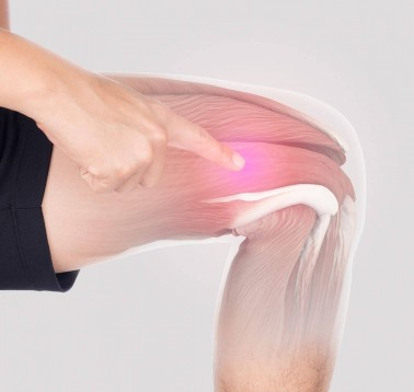 Hand pointing at muscle inflammation in the thigh